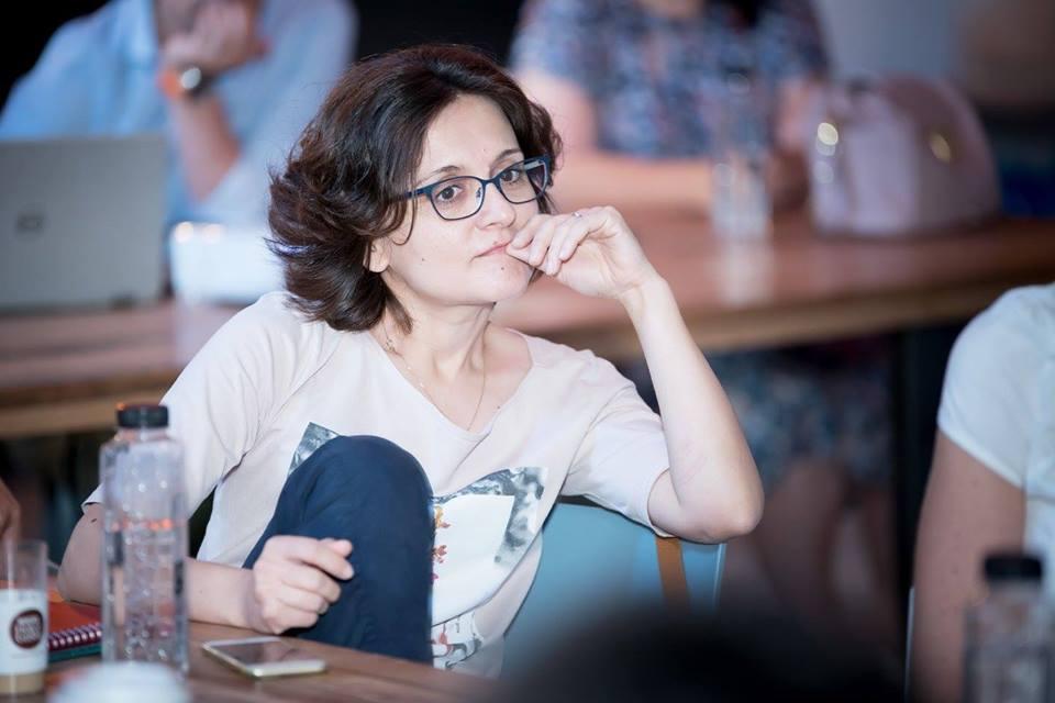 Andreea Iatagan, educatiecudragoste.ro