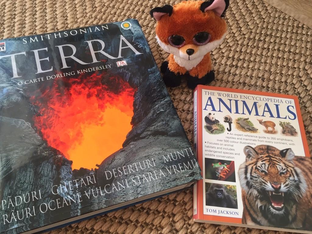 enciclopedii cu animale pentru copii